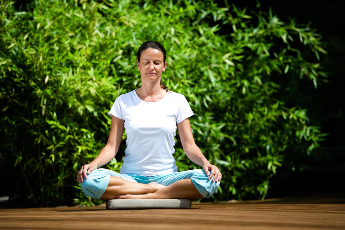 Wie Yoga das ganzheitliche Konzept der Modernen Mayr-Medizin ergänzt