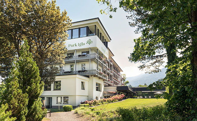 Gesundheitszentrum Park Igls Tirol Moderne-Mayr-Medizin Stoffwechsel Aussenansicht