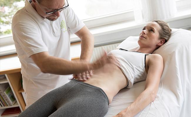 Mayr Fasten Park Igls Gesundheitszentrum Tirol Österreich Manuelle Bauchbehandlung