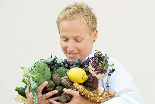 Food for back pain: 11 top diet tips to combat musculoskeletal problems