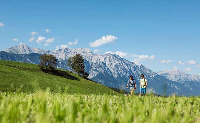Park-Igls Innsbruck Austria Wandern
