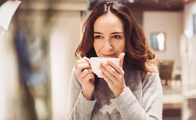 Tea Preparation Park Igls Modern Mayr Cuisine Tea Bar